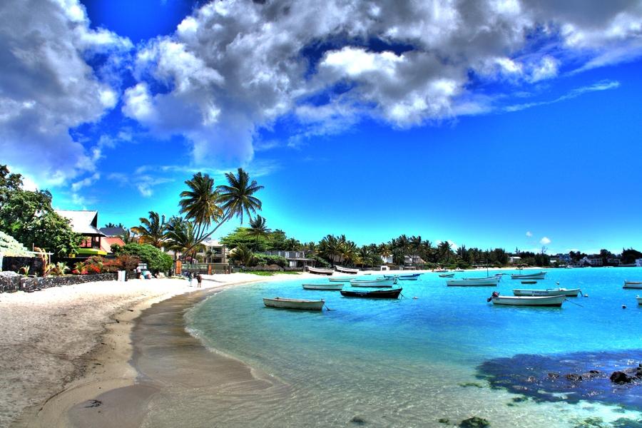 Grand-Baie-Beach-Mauritius
